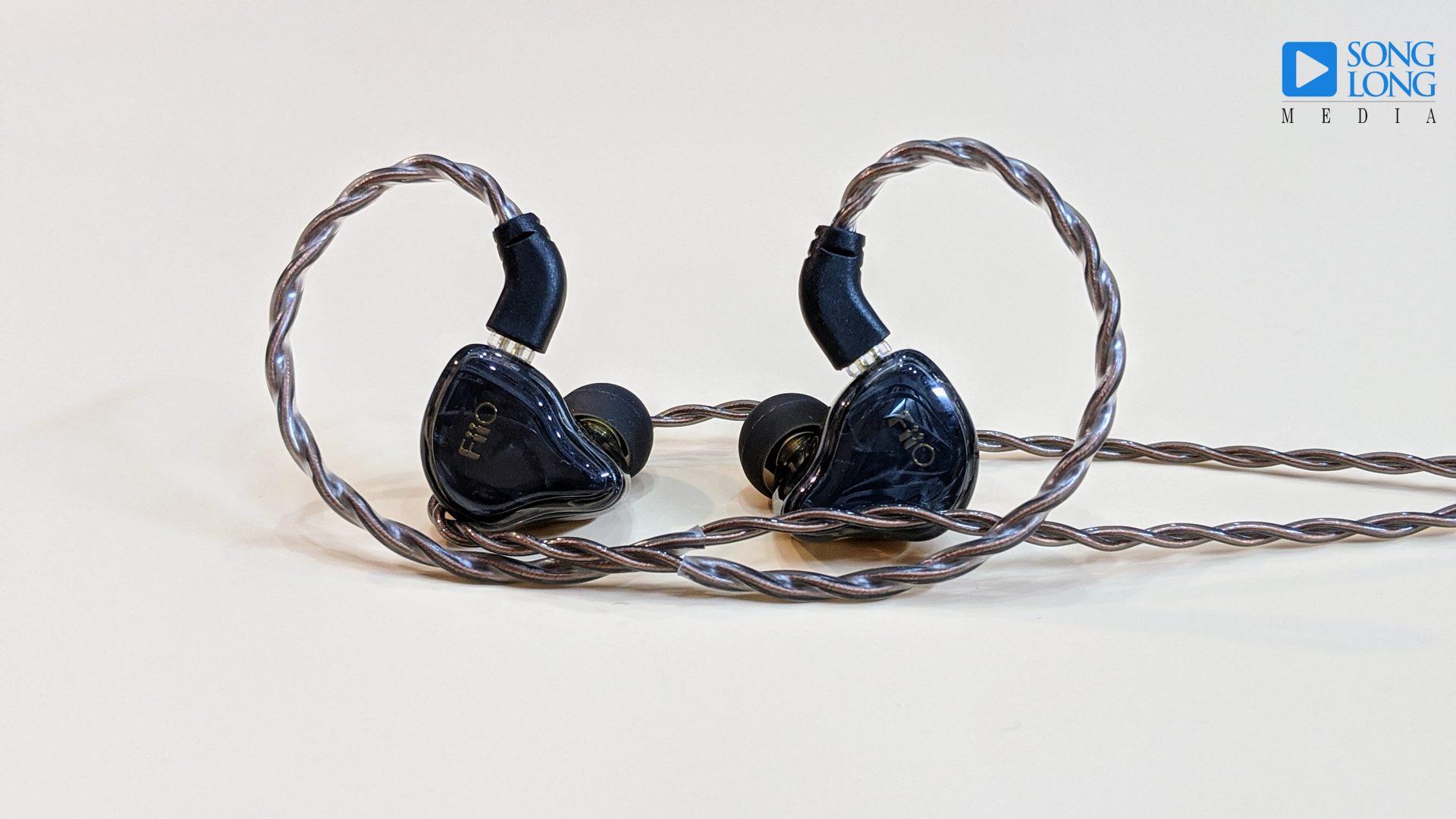 Tai nghe in-ear có dây tầm giá 2 triệu hay nhất năm 2020